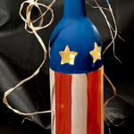 E38  July 4th Wine Bottle with Lights